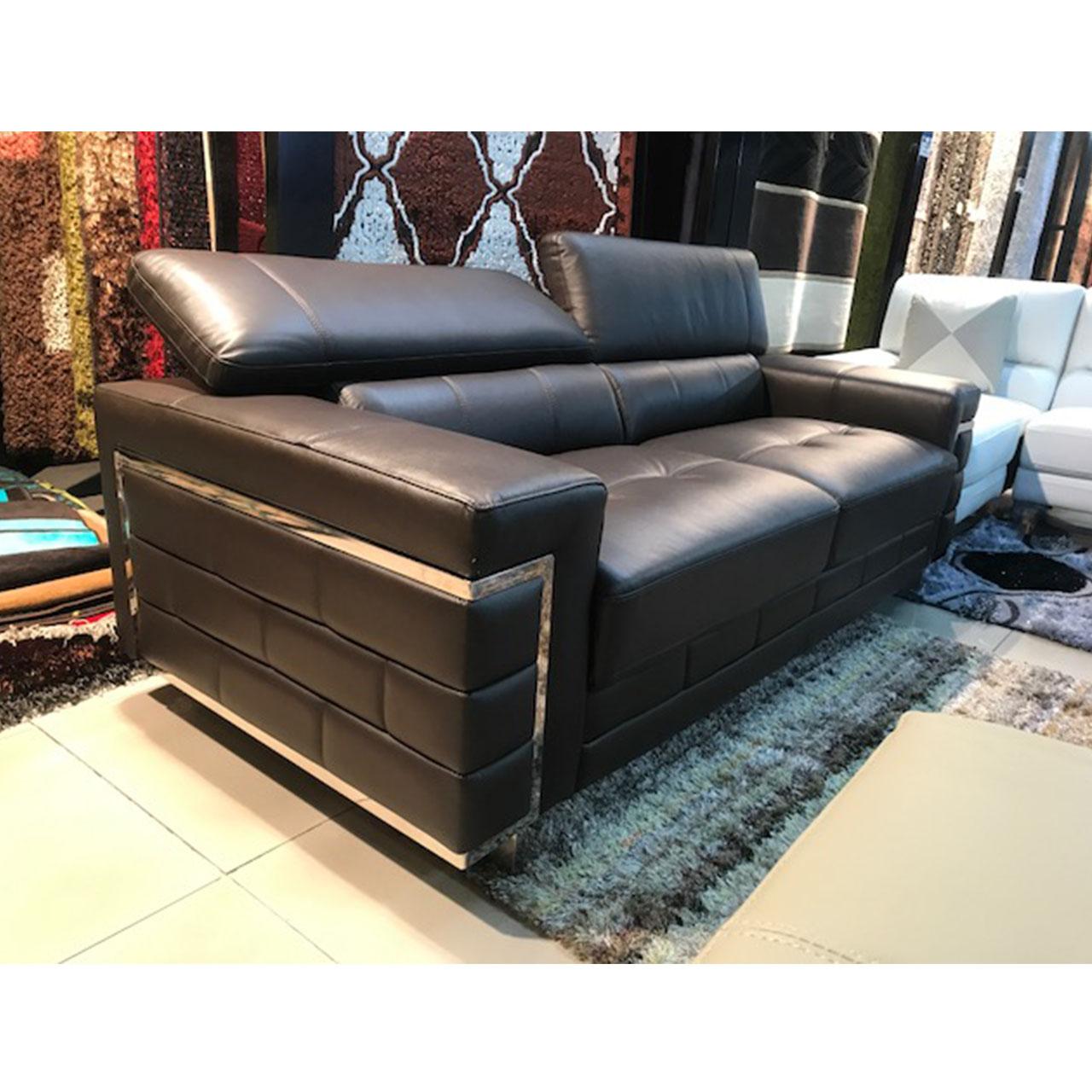 decor-and-design-lounge-suites_0000s_0000_D1Vision