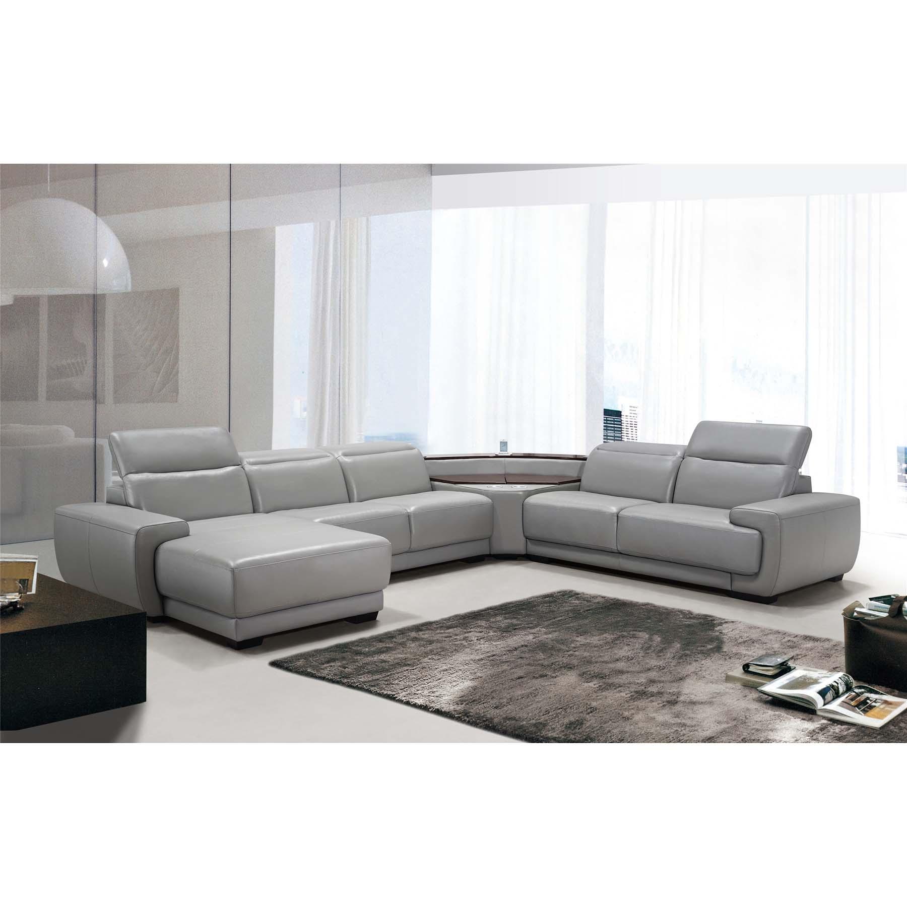 MONZAFERRERA lounge decor and design